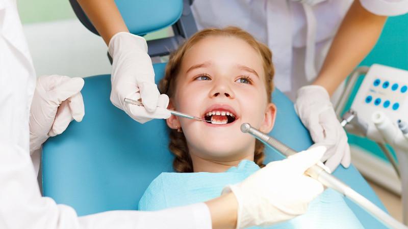 Лечение зубов девочке в стоматологической клинике Багита в Черкассах