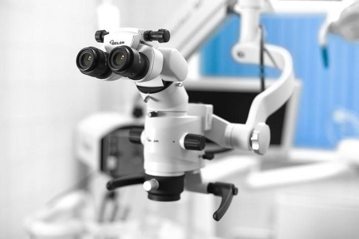 Лечение зубов с помощью микроскопа