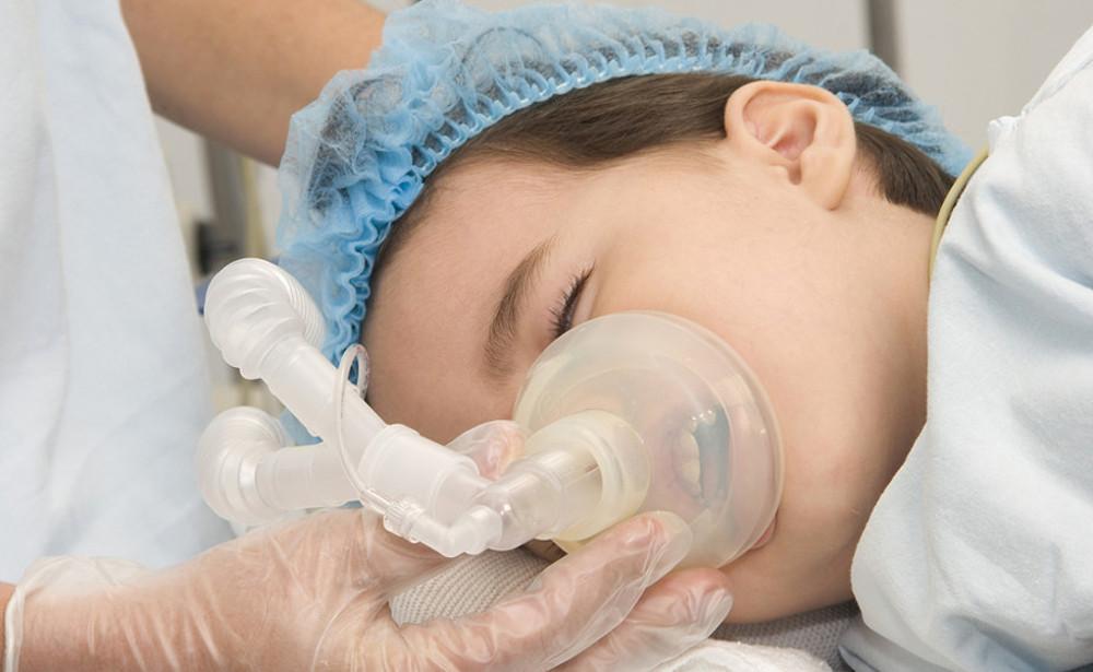 лечение зубов у детей в стоматологической клинике Багита под общим наркозом в Черкассах