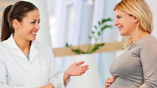 фото консультация беременной девушки у стоматолога Багита в Черкассах