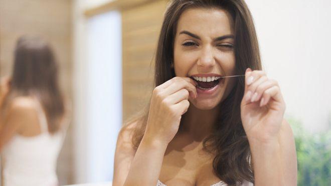 фото использование зубной нити
